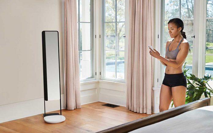 Naked 360-degree body scanning mirror