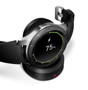 Watch that can track fitness and sleep