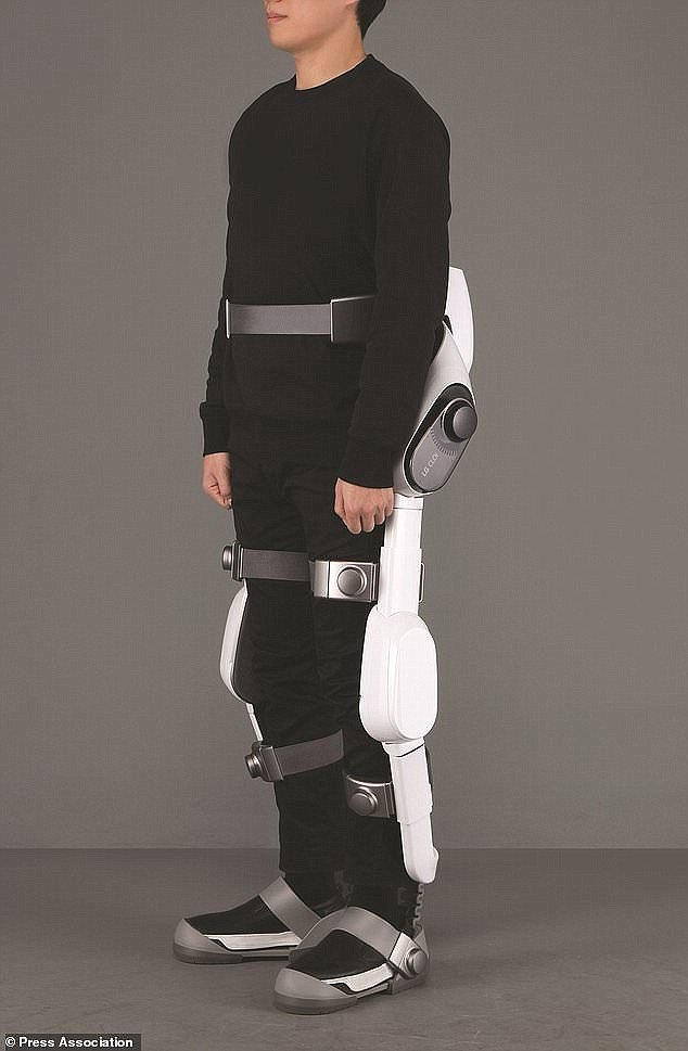 SuitBot: Wearable robot enhances leg movements