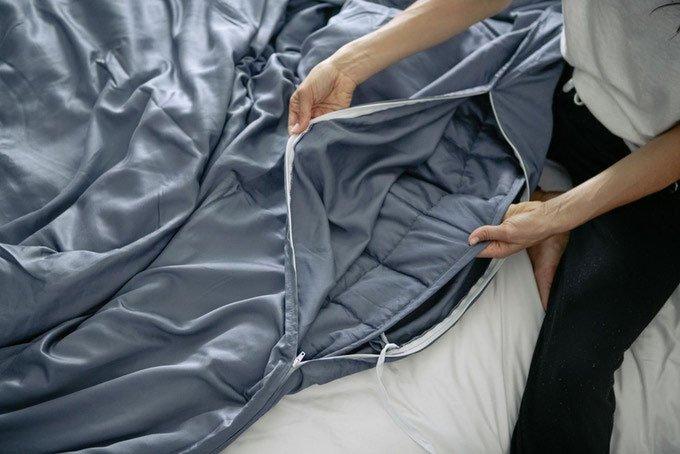 Reviv Blanket Cover