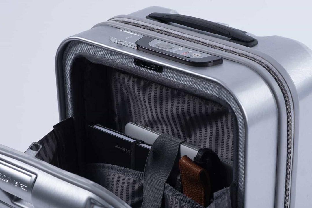 SkyValet- Magnetic Front Pocket