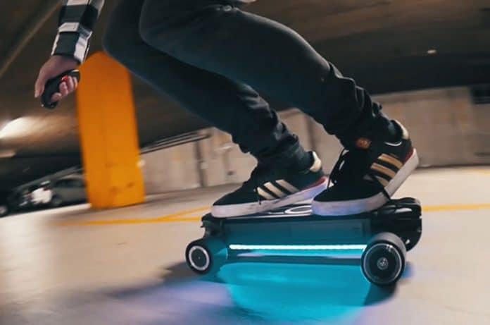 Zetazs: Coolest and Smartest E-Skateboard