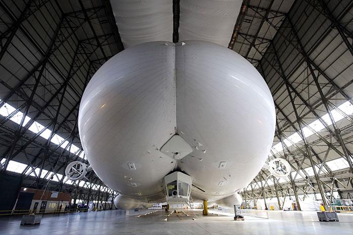 Airlander 10, A butt-shaped blimp