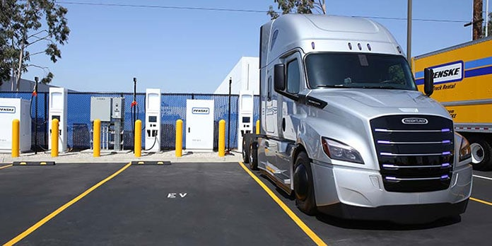 A Daimler electric truck is parked Wednesday in front of charging stations at Penske's La Mirada, Calif., service center. (Photo: Penske)