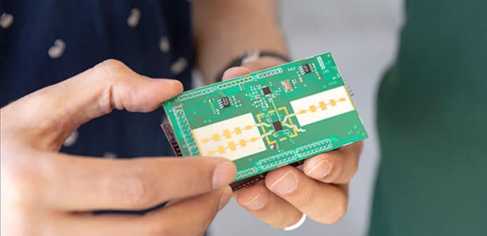 A tiny radar device may help visually impaired people to detect an object in real time (image KAUST)