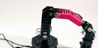 Engineers build robot arm that Can Recognize and Repair Itself
