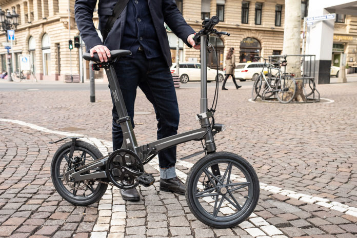 THE ONE: World's lightest electric bike by United City Bikes