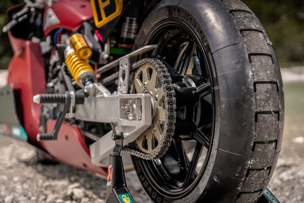 The stock Indian Scout's belt drive has been swapped for a chain(Credit: Indian Motorcycle)