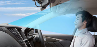 ProPilot 2.0 allows for hands-free driving on the highway./ Image: Nissan