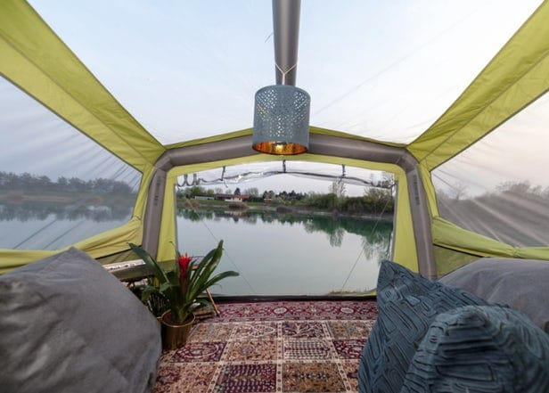 "The tent is designed as a ""Skyroom"" with a spacious skylight with camping glass."