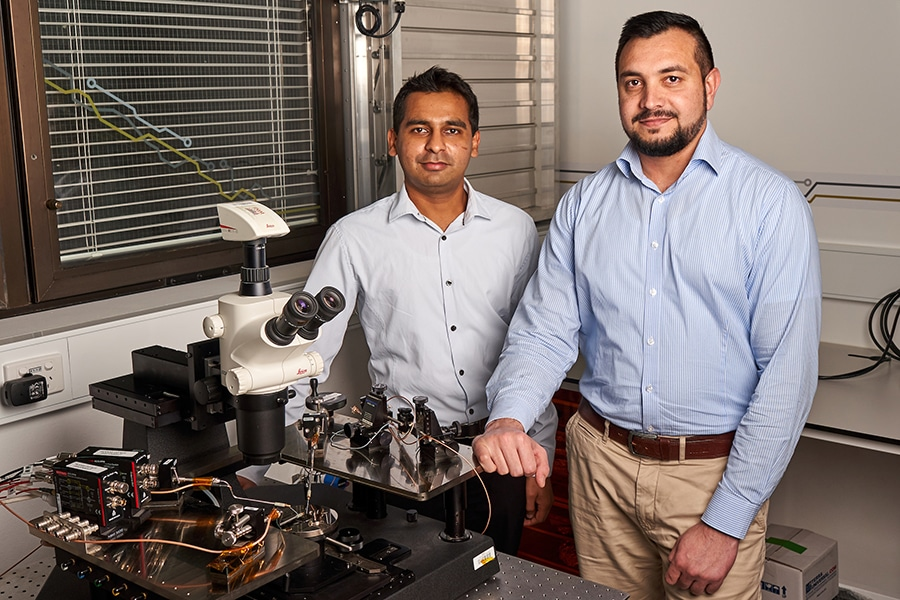 Researchers Dr Sumeet Walia and Dr Taimur Ahmed./ Image: RMIT