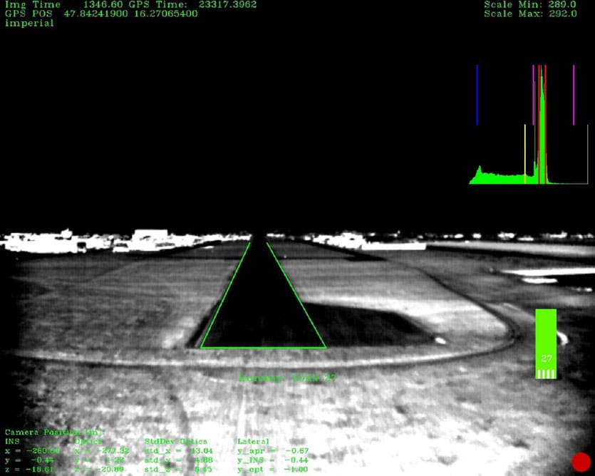Infrared camera image showing selected runway./ Image: TUM