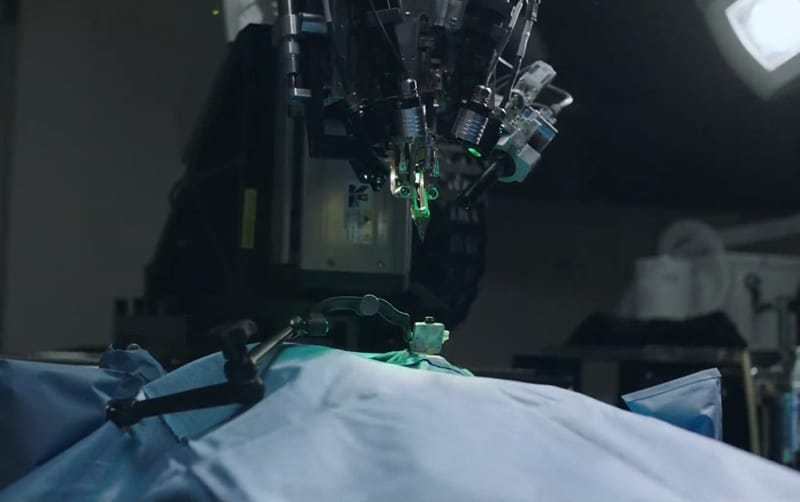 Nerualink has developed a robotic surgeon to sew thin threads into the brain tissue of patients