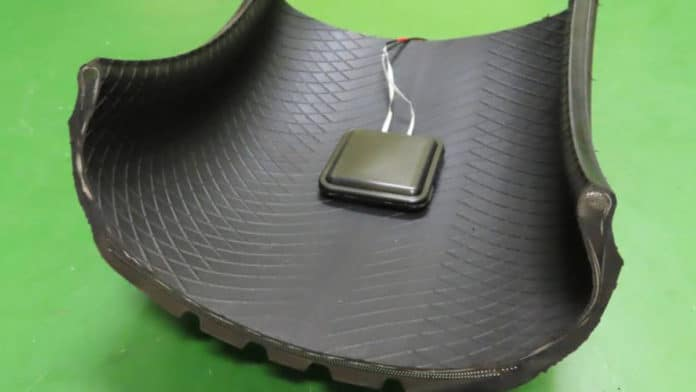 Power Generating Device Installed in Tire/ Image credit: Sumitomo Rubber