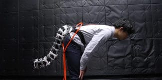Arque, a biomimicry-inspired tail to improve the agility and balance of wearers