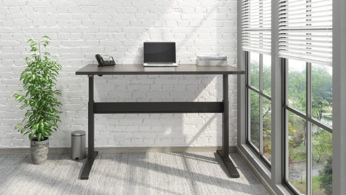 VertDesk v3: The World's First Voice Activated Standing Desk