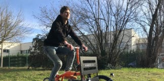 A simple and innovative solution that transforms your bike into a practical, easy to handle cargo bike.