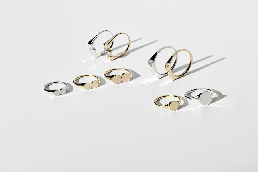 A collection of unique, stylish rings that employ technology developed at EPFL. Credit: THE RAYY