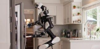 Training robot using VR