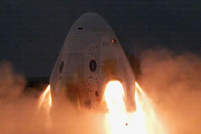 Engine test of the Crew Dragon