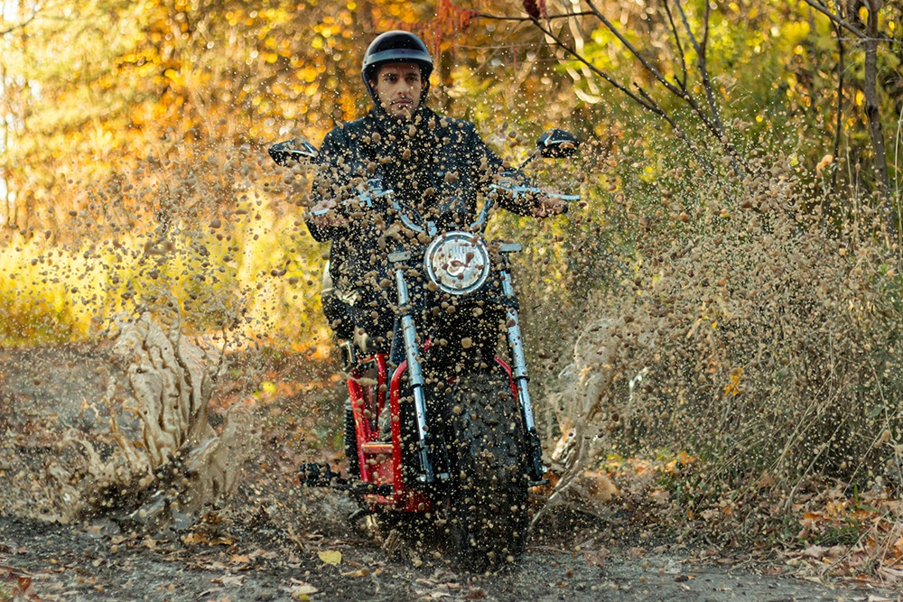 The Beast 2.0 is not only designed for everyday commuting on the streets, but also for rough off-road trails and terrain.