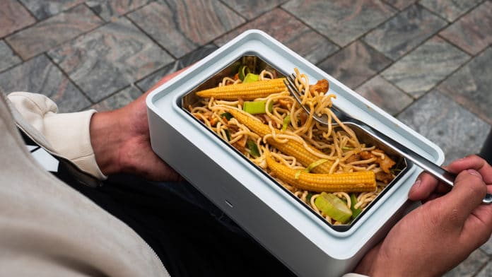 Heatbox: The Self-Heating Lunchbox
