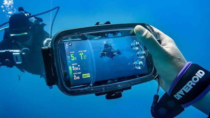DIVEROID, Turn your smartphone into an All-in-one Dive gear.