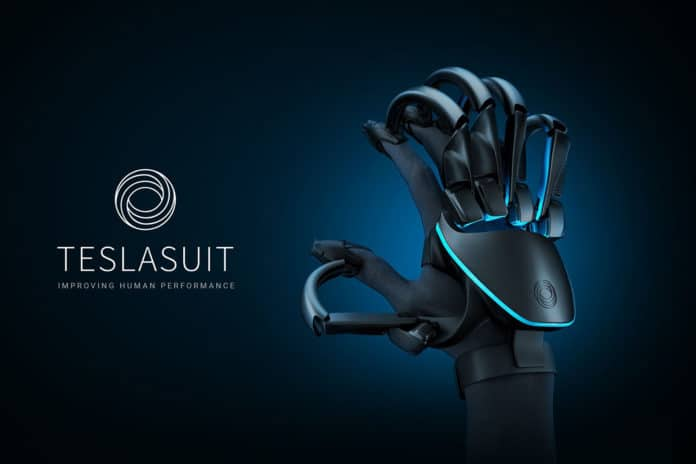 TESLASUIT GLOVE, the VR glove to feel textures and VR objects