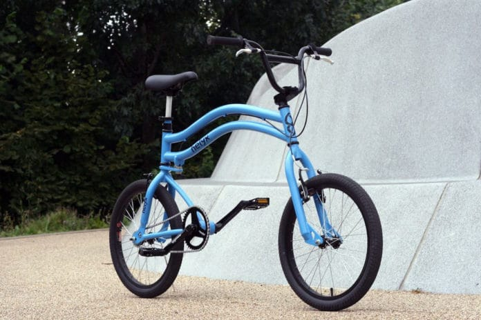 Helyx Bike, the bicycle with two steering wheels.