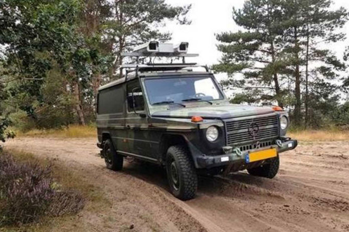 Smart camera system warns soldier of 'roadside bomb'