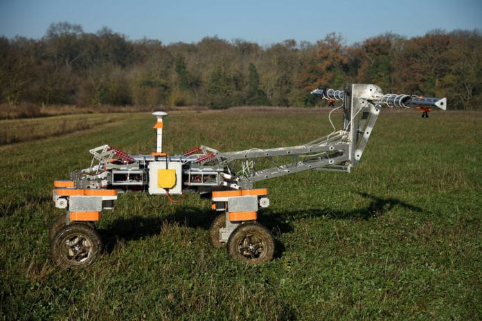Weed-mapping robot is being tested to get rid of unwanted plants