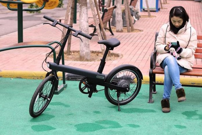 The 2019 generation of the Xiaomi Mi Qicycle looks significantly more modern.
