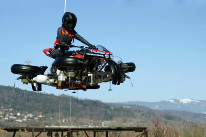 With the Lazareth LMV 496, the flying motorcycle is no longer a myth.