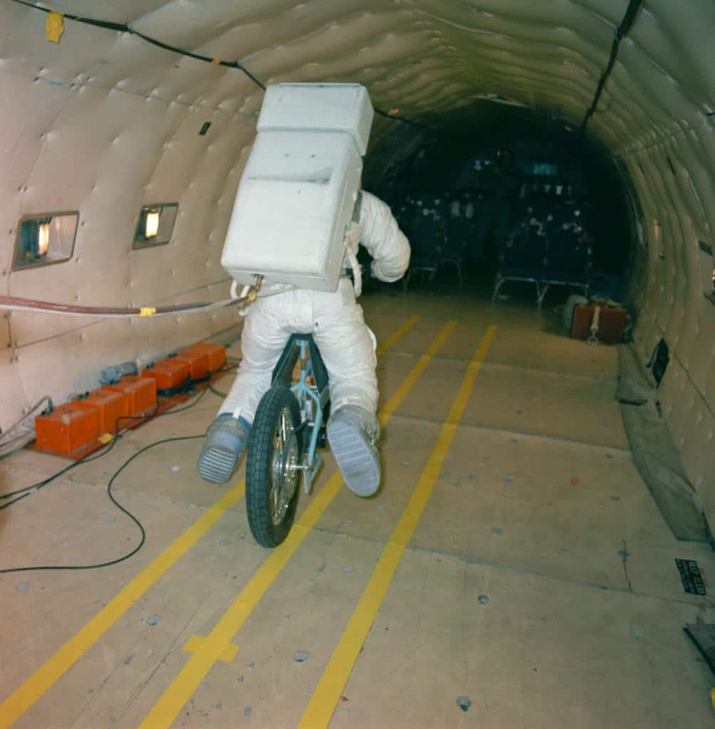 La NASA usó el Lunar Rover en su lugar, pero una bicicleta de tierra lunar hubiera sido genial.