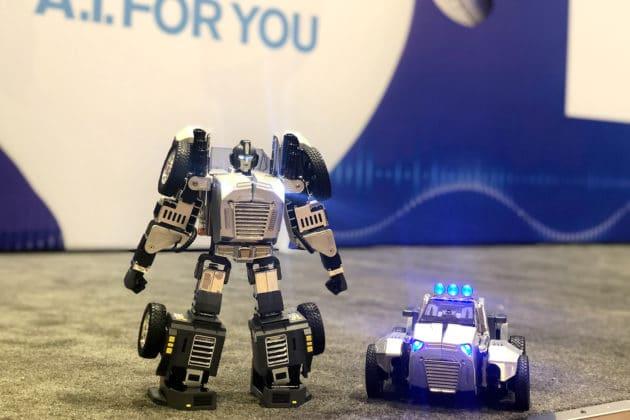 Robosen Robotics debuts T9 at CES 2020.