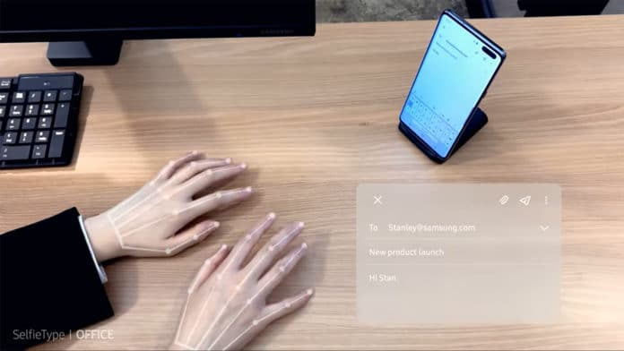 Samsung SelfieType is an invisible keyboard designed for smartphones.