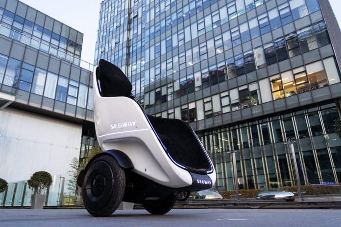 The Segway S-Pod is a first-class smart transporting pod for enclosed campuses.