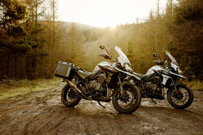 Desert and Alpine, two new versions of the Triumph Tiger 1200.