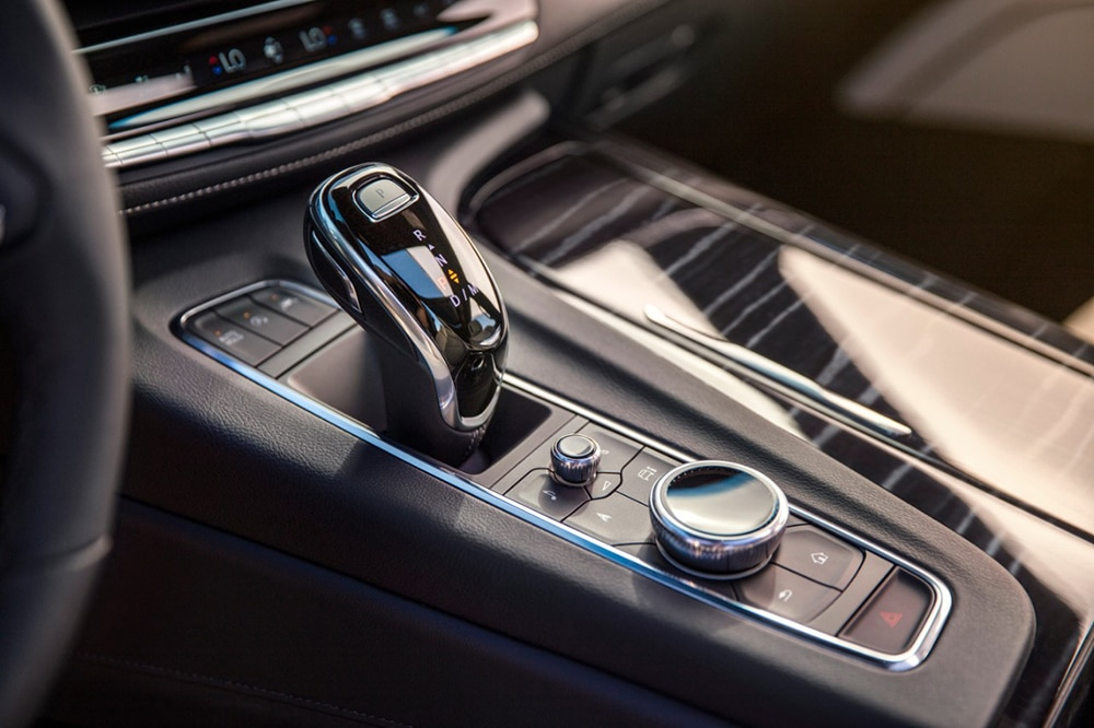Both engines are matched with a 10-speed automatic transmission with electronic shift control