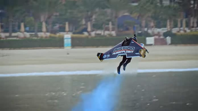 Jetman manages to take-off from the ground, transitioning into a high-altitude flight.