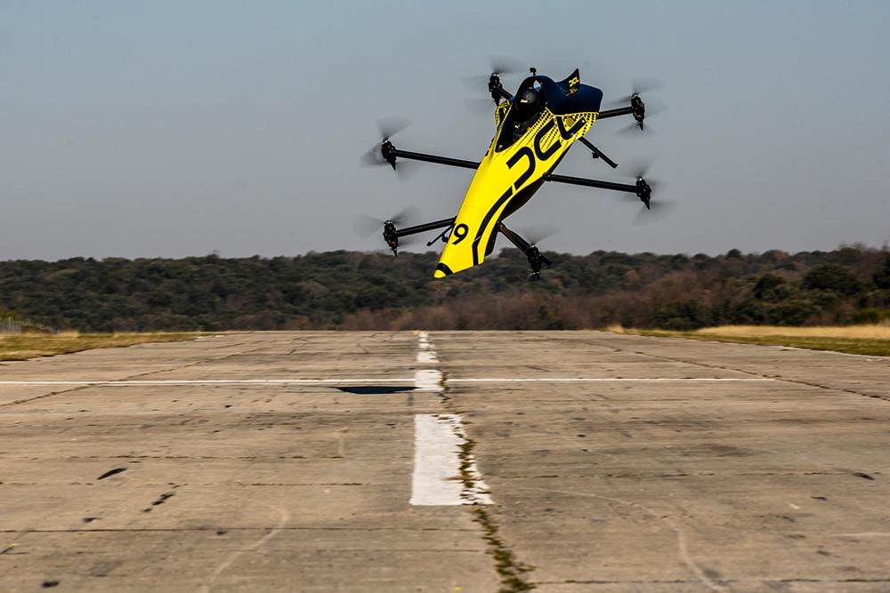 The drone is capable of aerobatic manoeuvres such as rolls and loops.