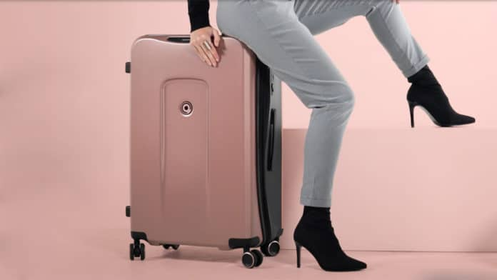 Plevo Smart Luggage comes with game-changing additional features.