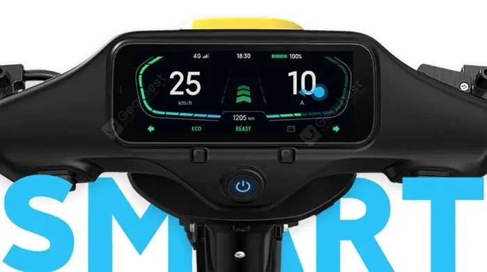 It is equipped with a 6.8-inch colored touchscreen and a 1080p dashcam.