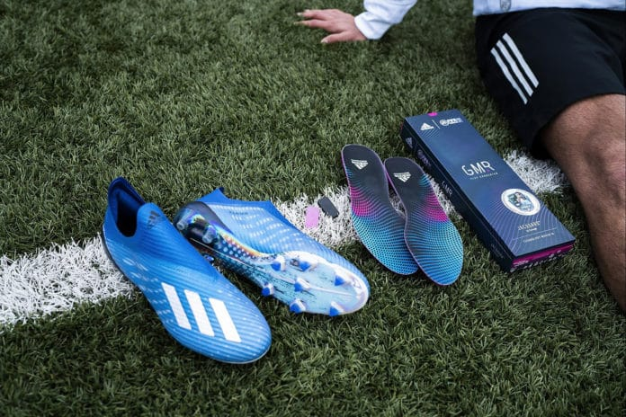 Adidas GMR, the smart insole to unlock the prizes in FIFA Mobile.