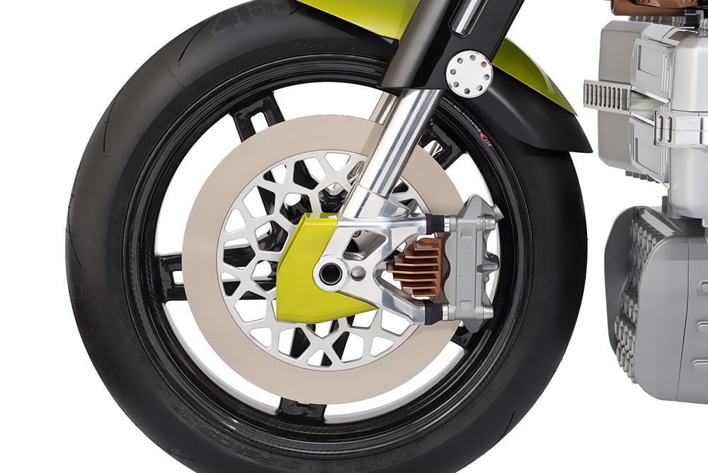 Blackstone employed their own 17-inch Rapid Teck wheels.