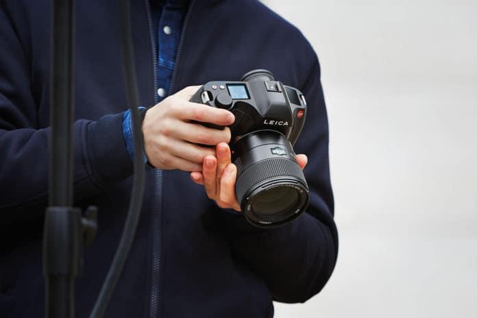 Leica S3 medium format DSLR with 64 megapixels.