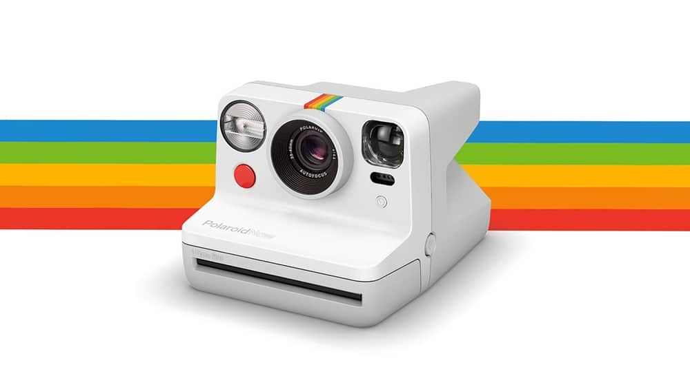Polaroid Now incorporates a two-lens autofocus system.