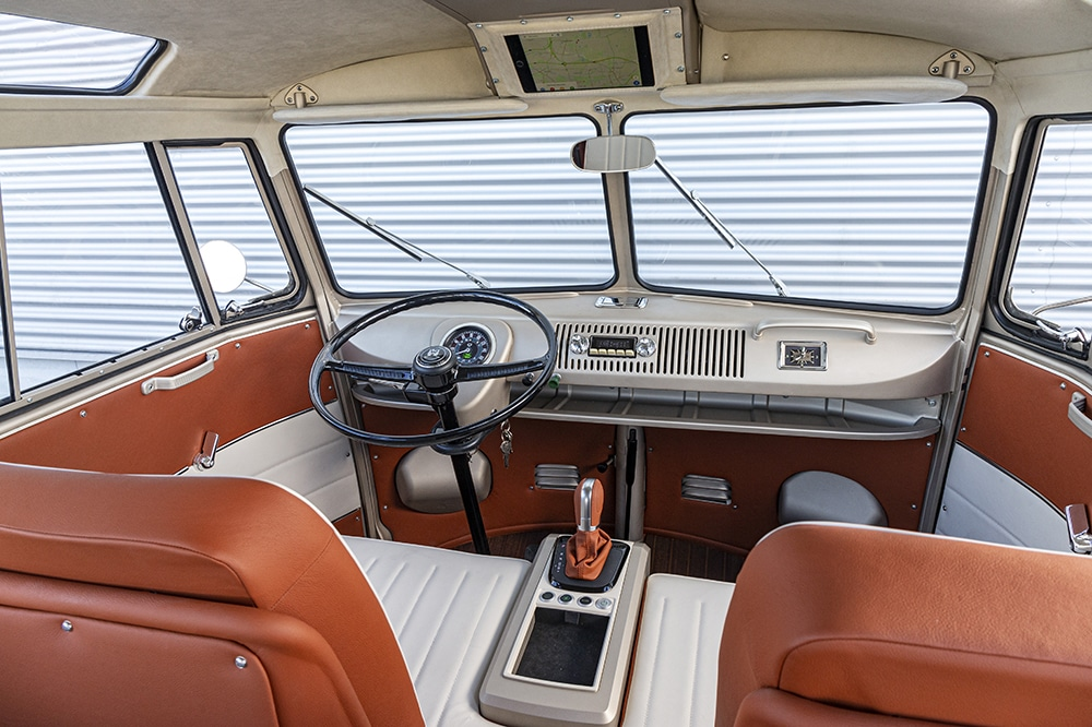Volkswagen e-BULLI Interior