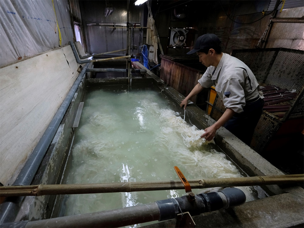 Kozo plants is then soaked in a water tank combined with neri.