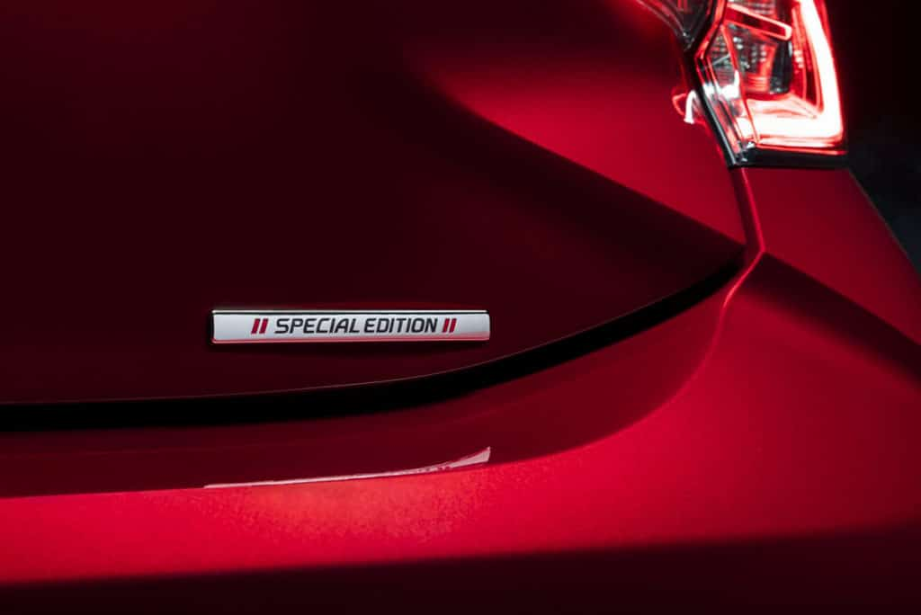 The body kit adds a sporty front splitter, side skirts, black rear roof spoiler, a rear bumper garnish and a unique Special Edition badge.